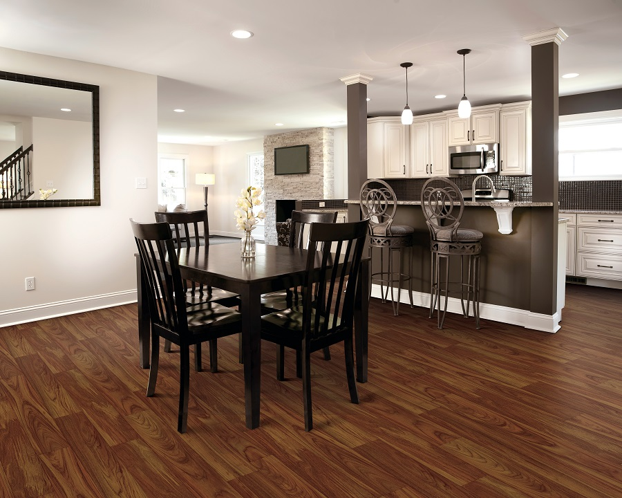 Wood look luxury vinyl plank flooring in a Maple Ridge, BC home
