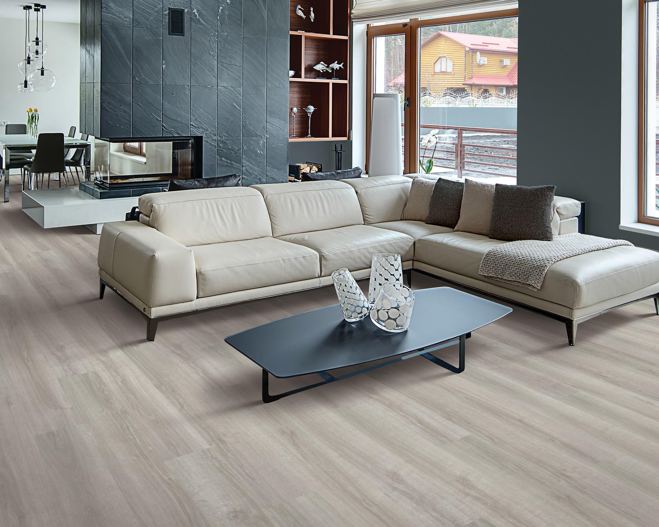 Clean vinyl plank flooring in a Maple Ridge, BC home