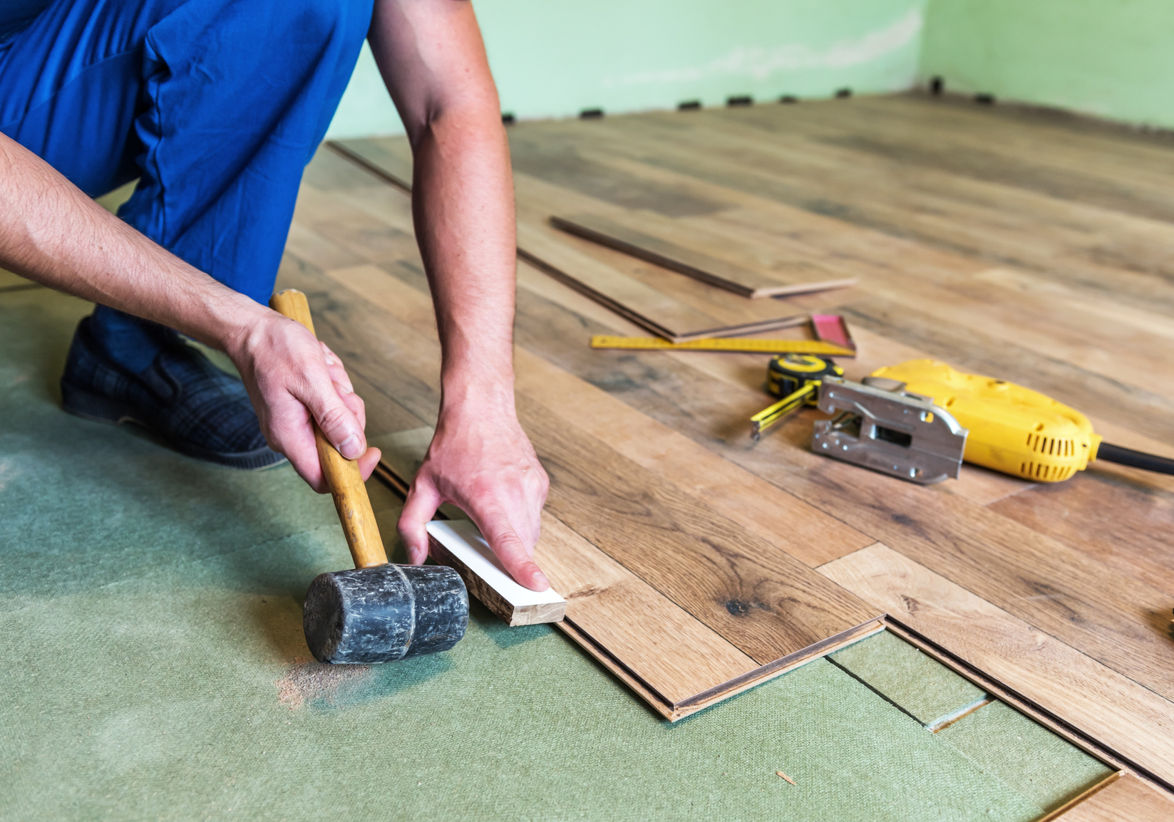 Installing hardwood flooring in a Portland, OR home