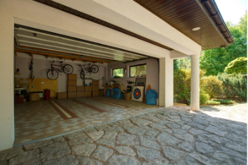 Springtime Garage Organization and Storage Space