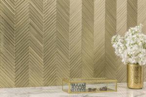 Wall with Akdo Textile glass tile