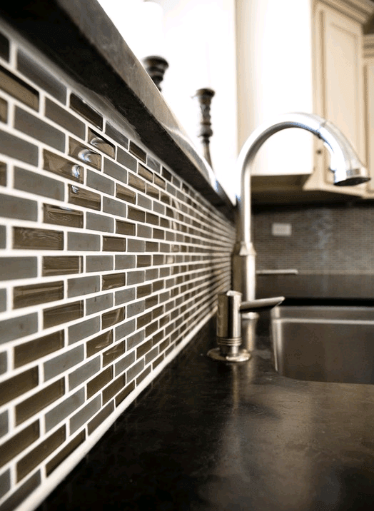 Custom backsplash installation in Naperville IL by Desitter Flooring