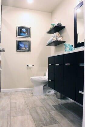 Custom seaside bathroom remodel near Santa Luz CA from Metro Flooring