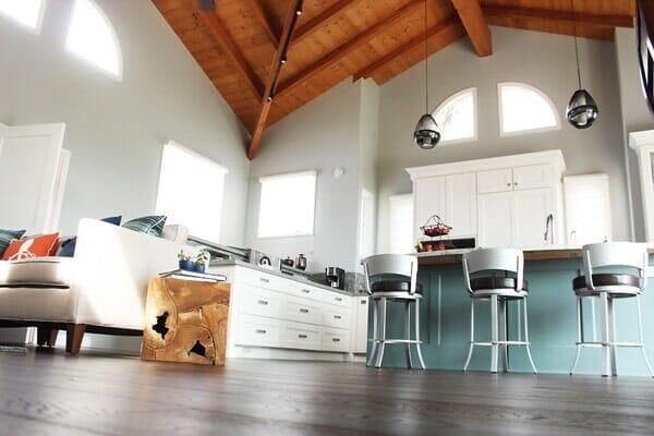 Custom seaside great room with hardwood floors near Rancho Penasquitos CA from Metro Flooring