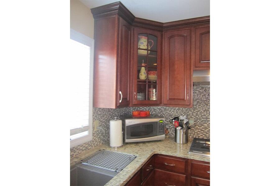 Quartz kitchen countertops in Lexington Park, MD from Southern Maryland Kitchen, Bath, Floors & Design