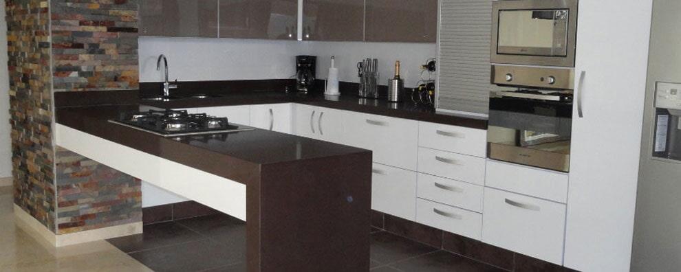 Mobarq S.A.S - Diseño Arquitectónico de Cocinas