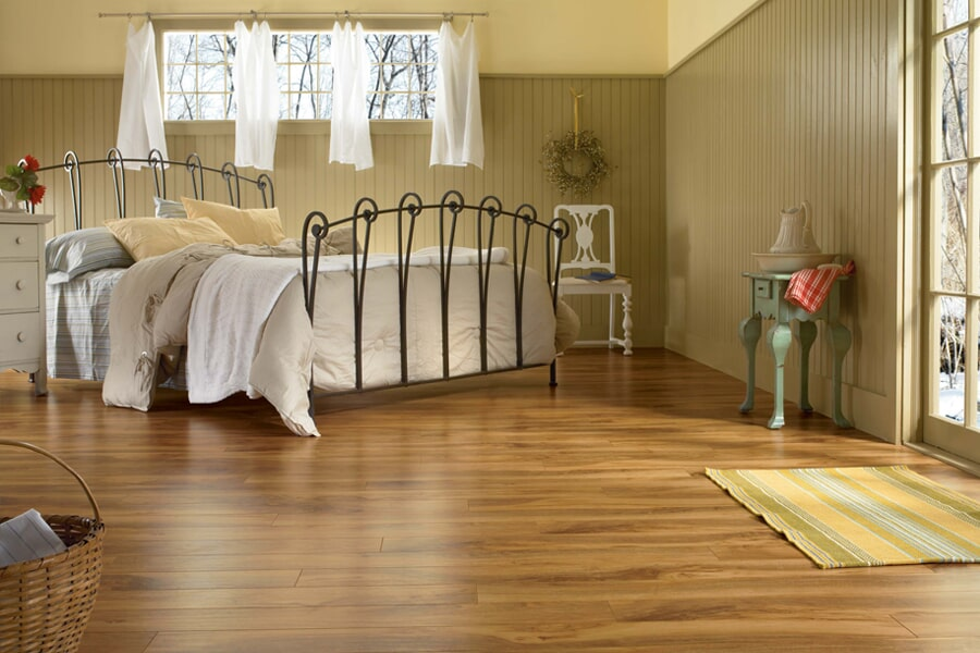 laminate wood flooring near Chantilly, VA at Metro Floors & Remodelers