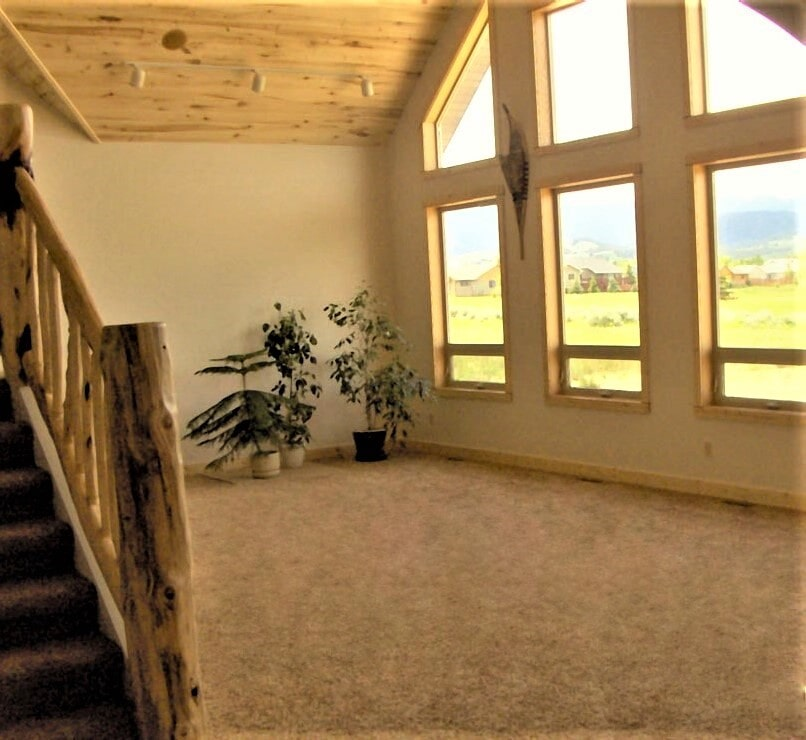 Carpet flooring in Columbus, MT by Covering Broadway