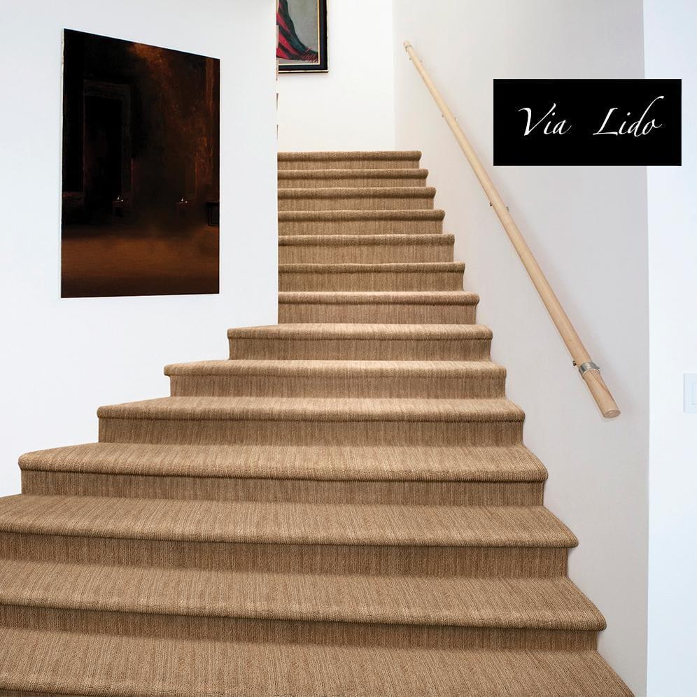 6-ViaLido_654_Staircase