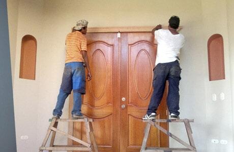 puertas de madera personalizadas