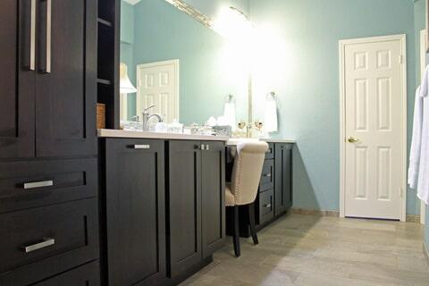 Bathroom Design in Port Aransas TX by Tukasa Creations