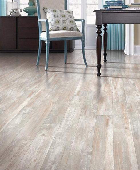 Laminate floors in Maple Ridge BC from Diverse Flooring