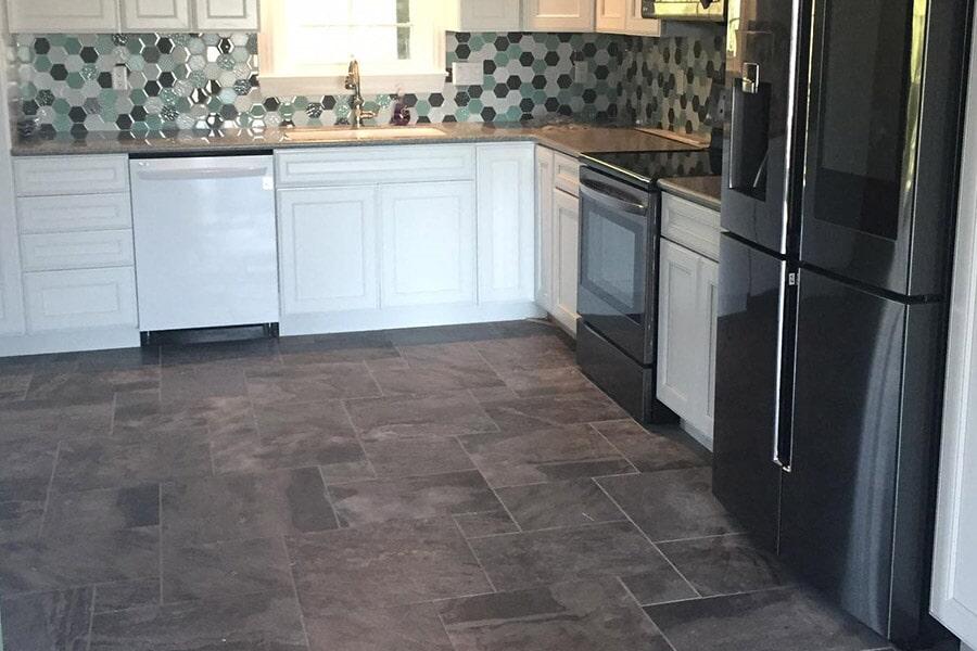 Tile backsplash installation in Crooksville OH from Lavy's Flooring