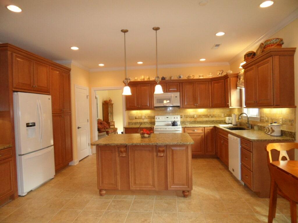 Custom kitchen tile in Athens AL from Alabama Custom Flooring & Design