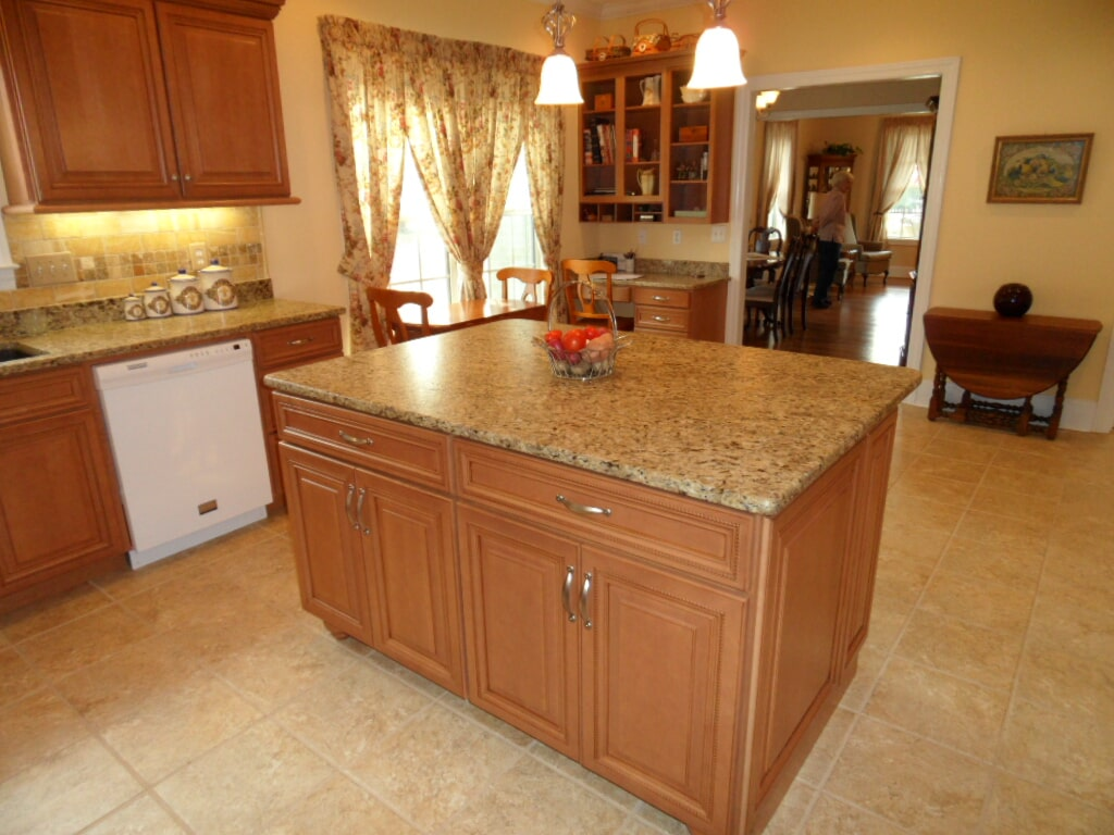 Custom kitchen in Huntsville AL from Alabama Custom Flooring & Design
