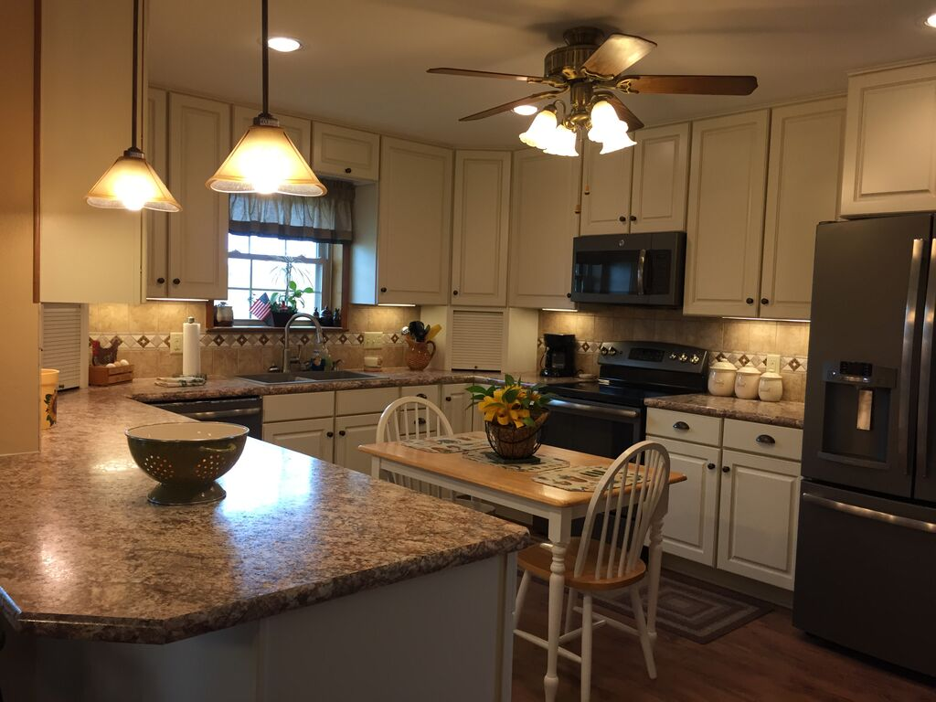 Countertops from Surface Source near Harker Heights TX