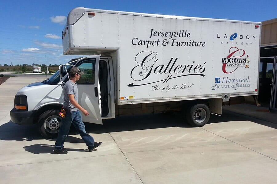 Flooring design professionals in the Jerseyville, IL area - Jerseyville Carpet & Furniture Galleries