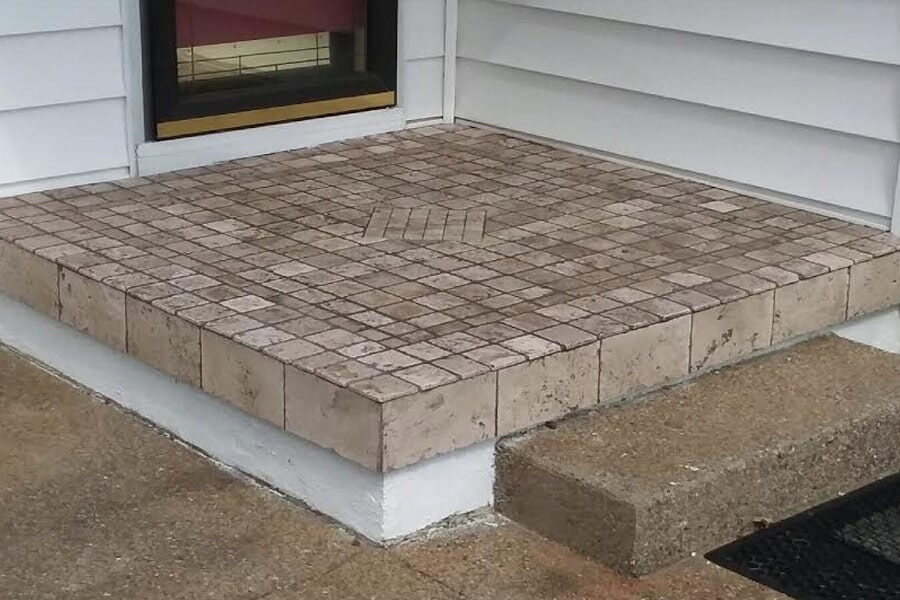 Luxury tiled outdoor porch in Nashport OH from Lavy's Flooring