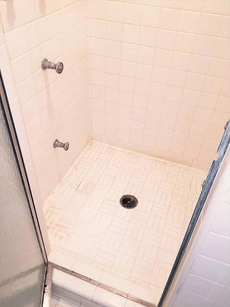 Luxury tile bathroom before in Wilson NC from Richie Ballance Flooring