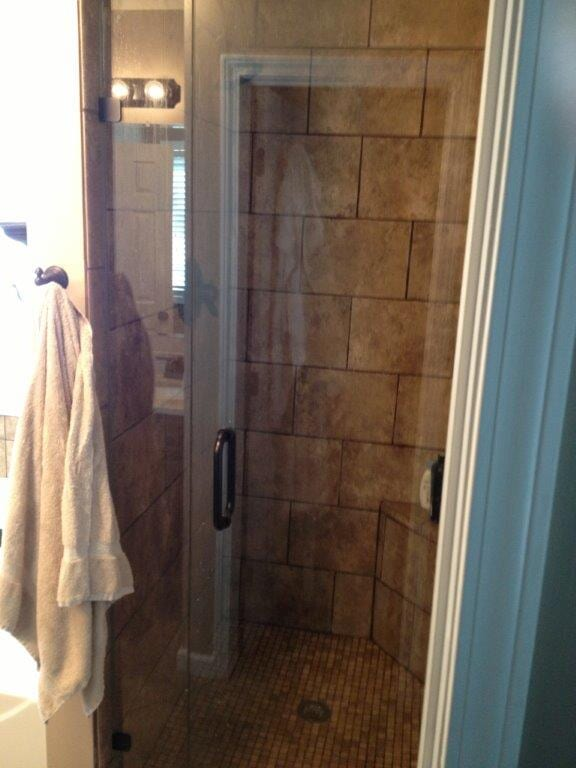 Glass shower door fabrication in Suwannee GA from Purdy Flooring & Design