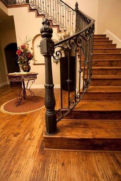 Custom wood stairway in North Ridgeland Hills TX by Masters Flooring