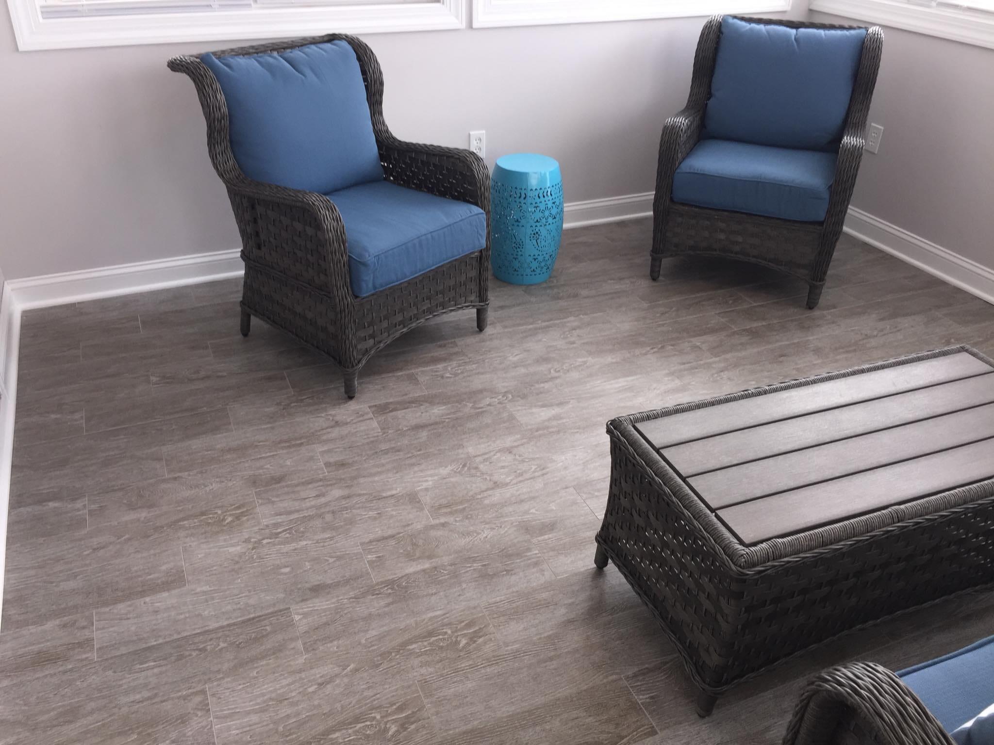 Living room floors in Elm City NC from Richie Ballance Flooring