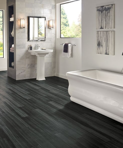 Waterproof bathroom floors in Leesburg FL from DCO Flooring