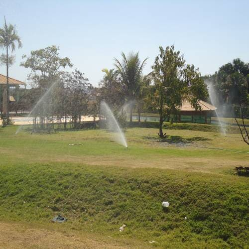 Sistema de irrigação automatizado