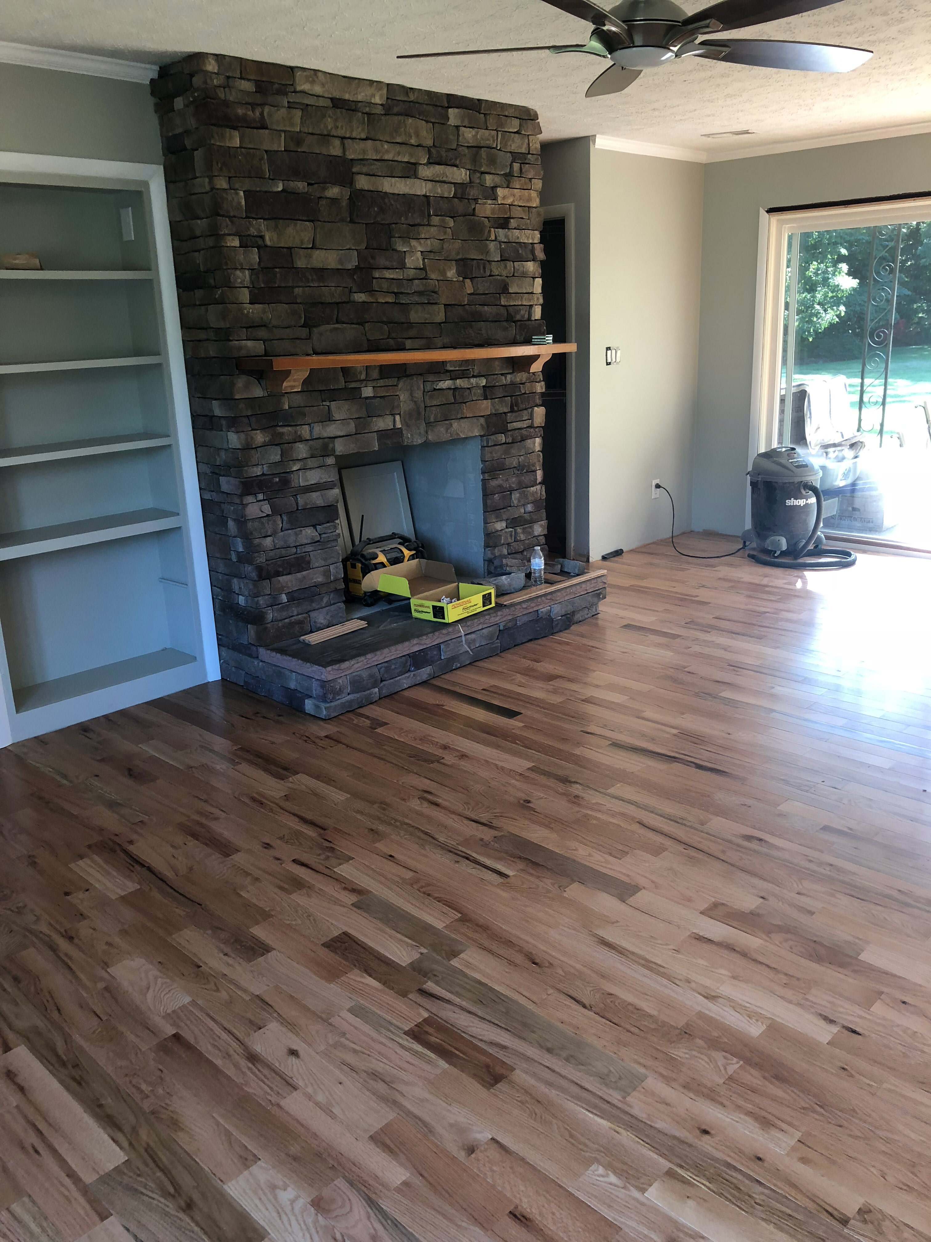 Somerset Cabin Grade Prefinished Natural Red and White Oak Mix