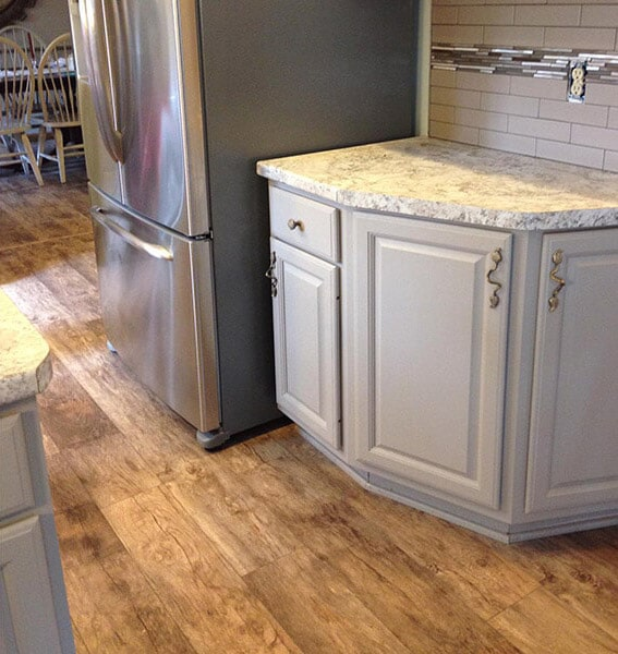 Laminate kitchen floors in Nashport OH from Lavy's Flooring