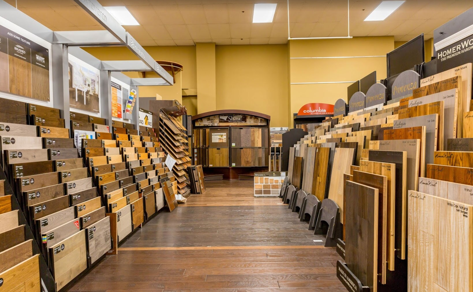 Flooring showroom in Birmingham AL from Issis & Sons