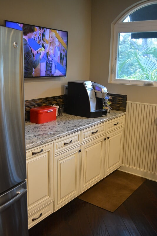 Kitchen countertops in South Tampa FL from Relo Interior Services
