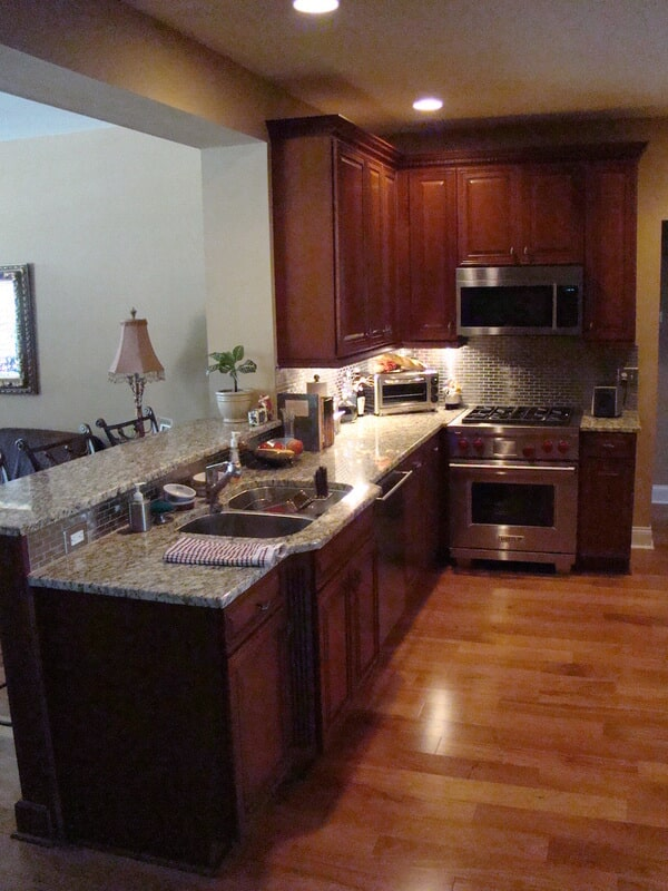 Kitchen countertops in Pinellas County FL from Relo Interior Services