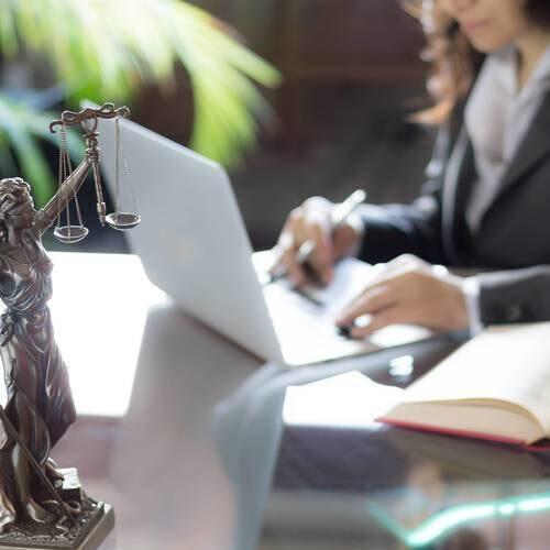 Advocacia em causa trabalhista