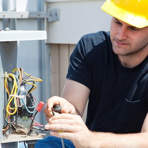 HVAC servicing in Sarasota FL by Premium Air solutions