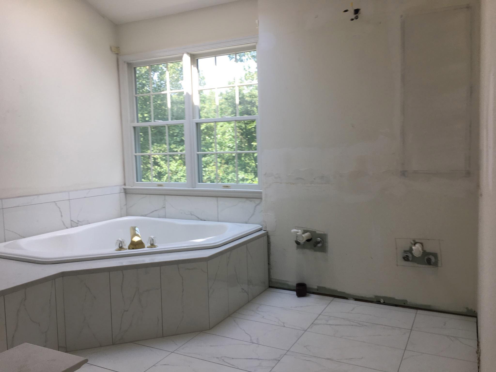 Zhang-Bathroom-II