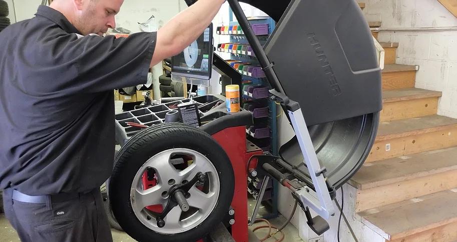 Wheel alignments & Balancing
