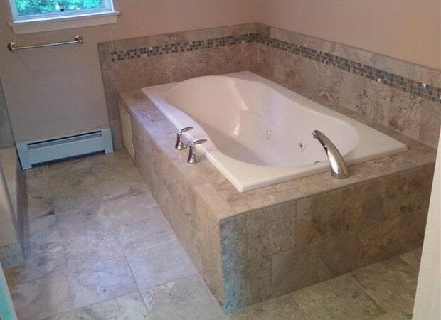 Jacuzzi Tub & Floor