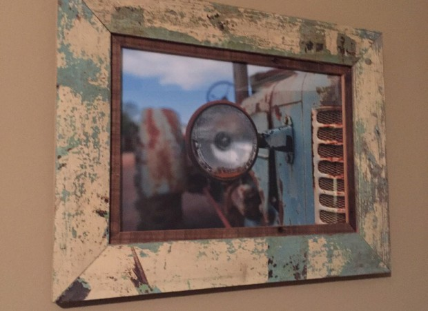 Custom framing photos in Gonzales, LA from Marchand's Interior & Hardware