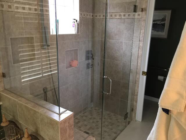 Shower installation in Charlotte, NC from Georgia Carpet & Flooring Warehouse