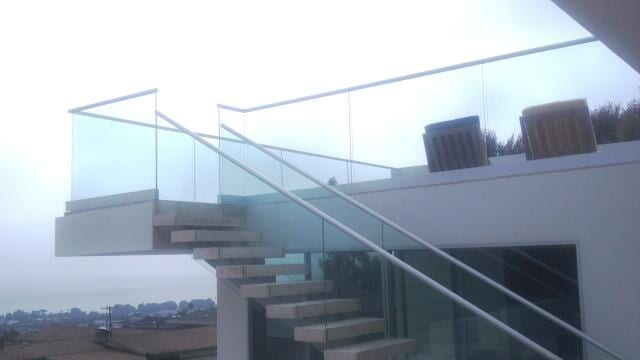 staircase_and_handrail1111_op_640x360