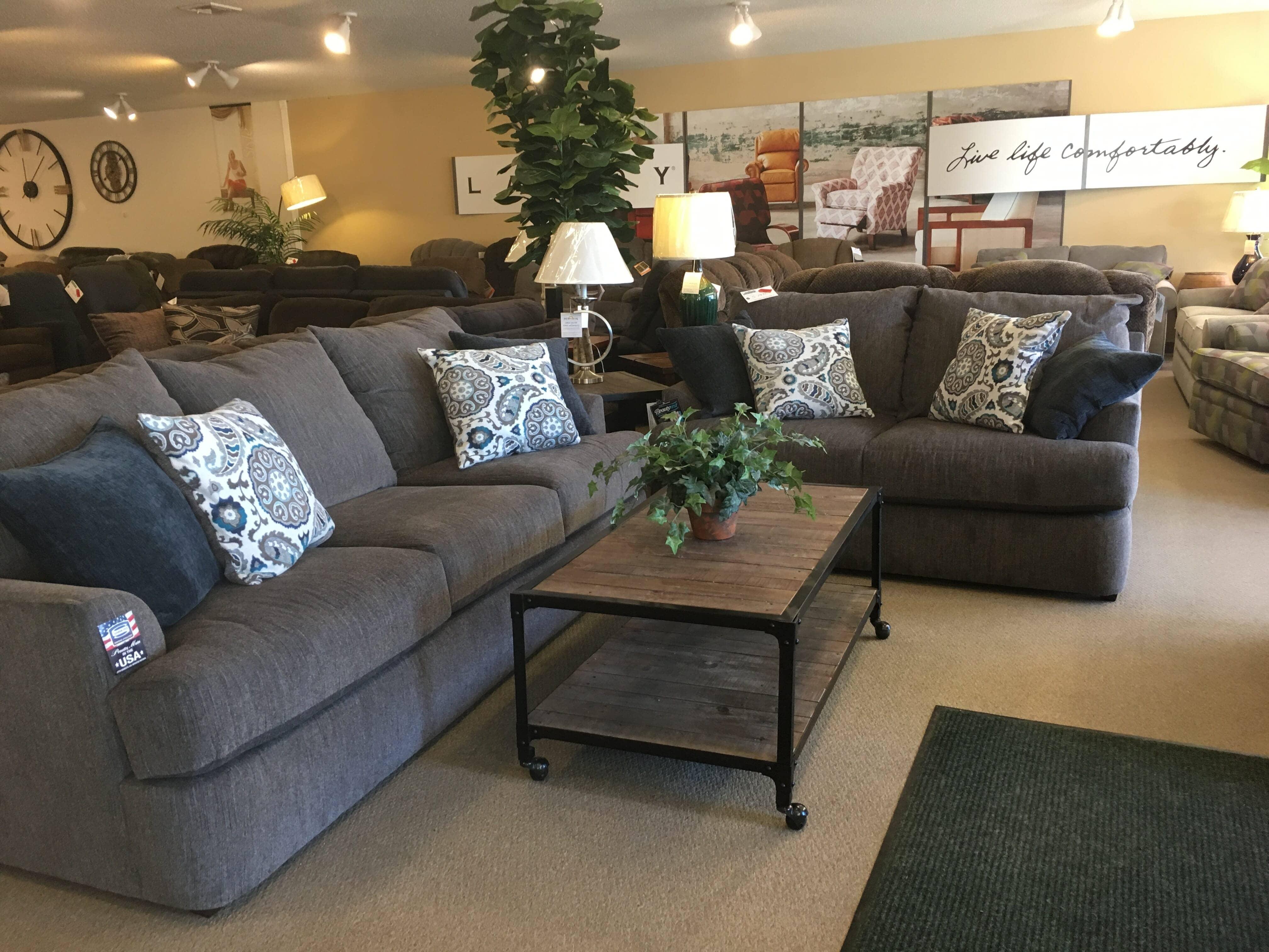 Jonathan's Furniture, Auburn, New York