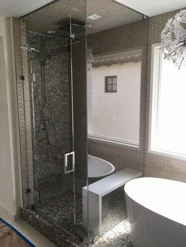 Show case shower