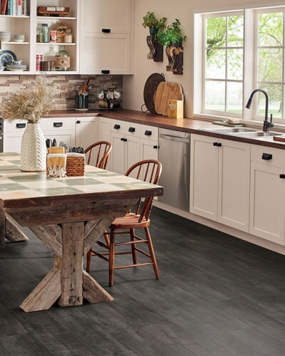 Tile flooring in Cannon Falls, MN from Behr's USA Flooring