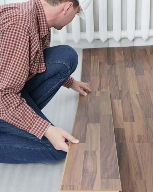 Your trusted Omaha, NE area flooring contractors - Kelly's Carpet Omaha