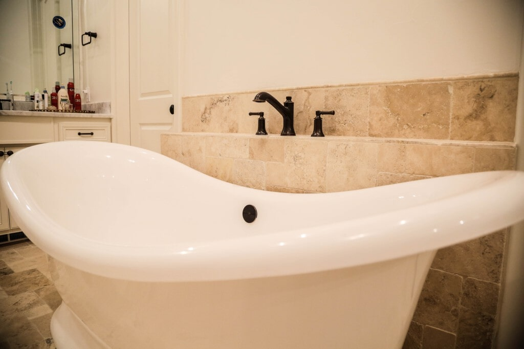 Bathroom remodel with custom tile flooring and tub surround by Yates Flooring Center (3)