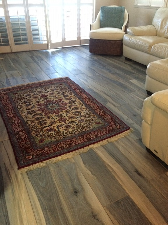 new_zealand_tasman_living_room_couch
