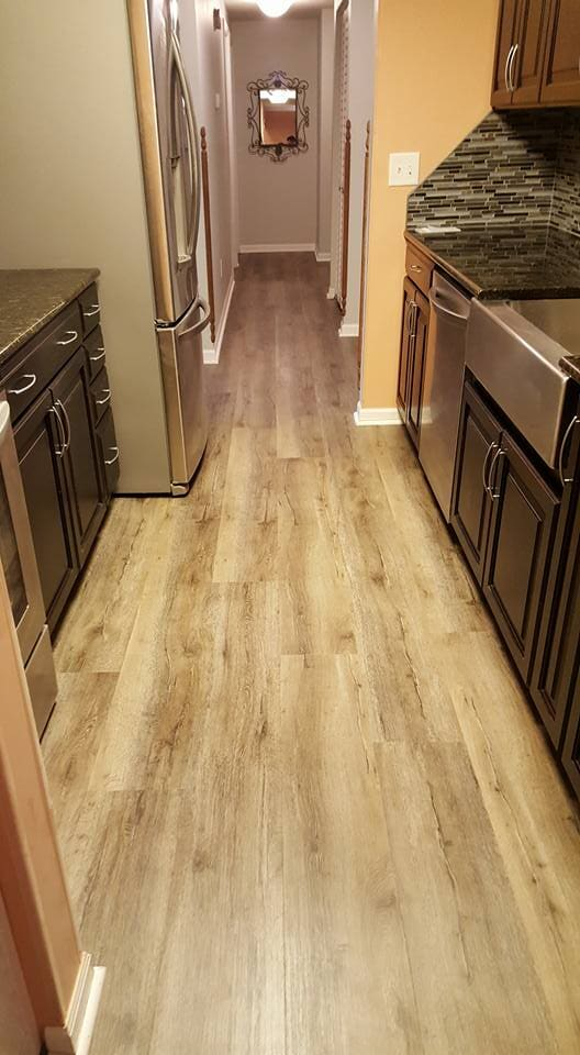 Natural wood look flooring in Summerville, SC from Flooring Factory