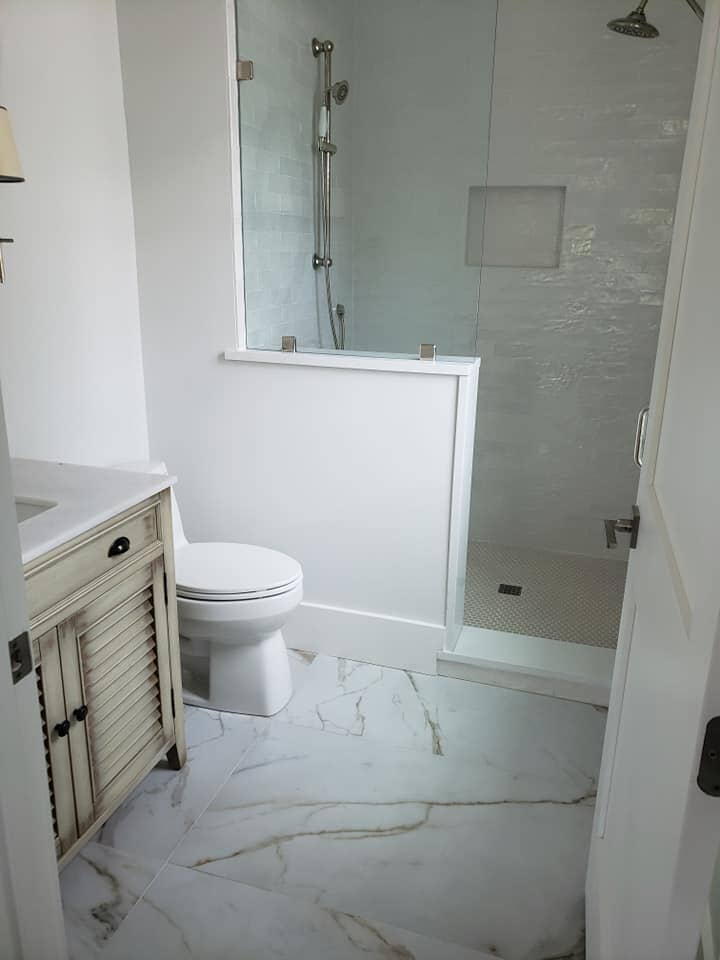 Marble bathroom flooring in Mount Pleasant, SC from Flooring Factory