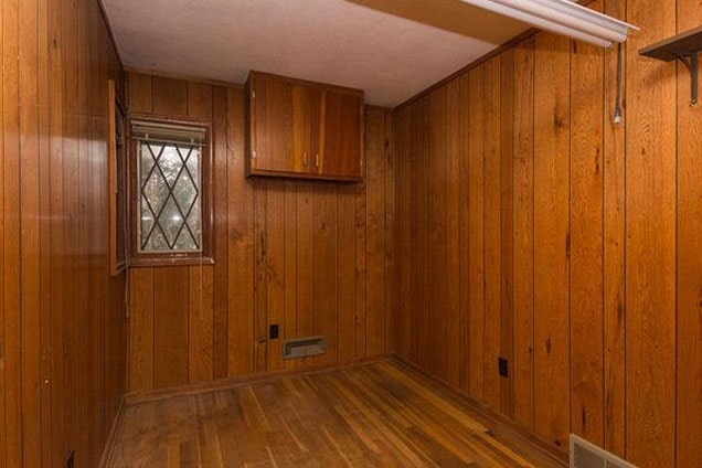 Before a laundry room renovation in Lemont, IL from Twin Oaks Carpet Ctr LTD